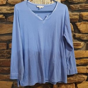 Size XL Noni B long sleeve blue top with silk